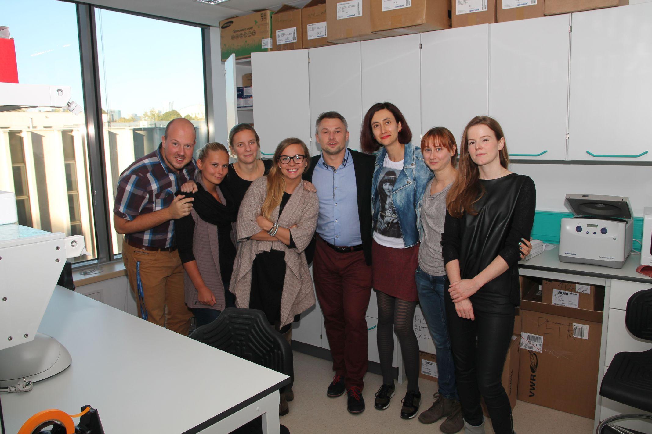 The Proszynski lab visiting